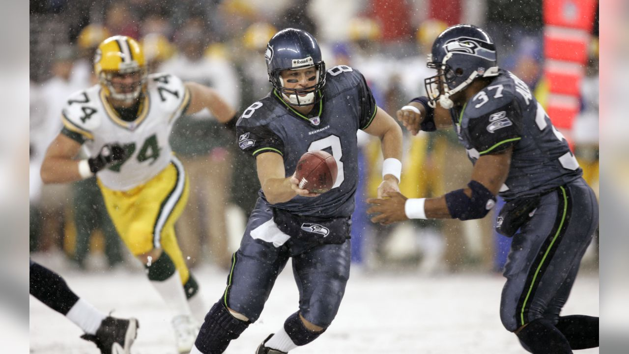 Seattle Seahawks quarterback Matt Hasselbeck 724f0c8db