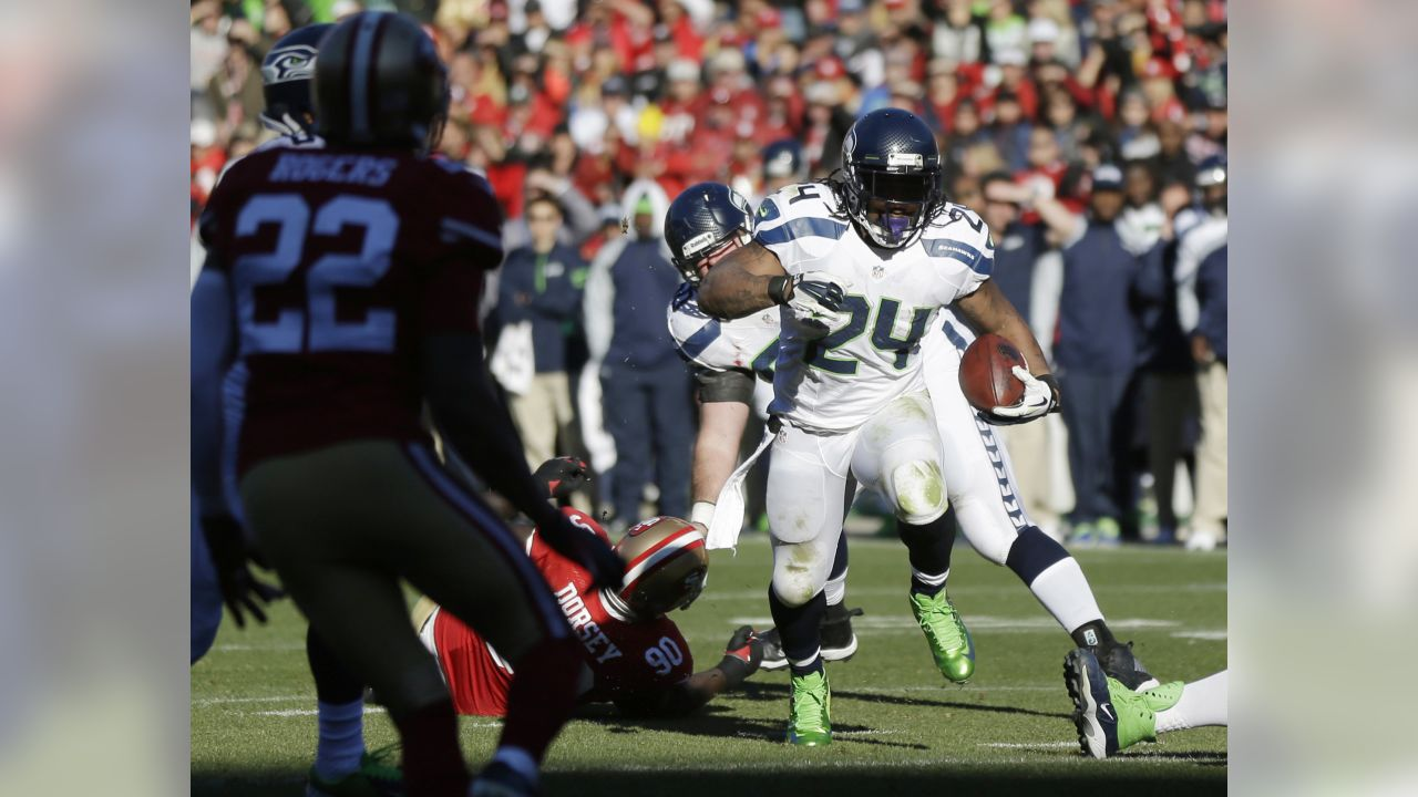 Seattle Seahawks running back Marshawn Lynch (24) rushes for a touchdown in  the first cc99547fd