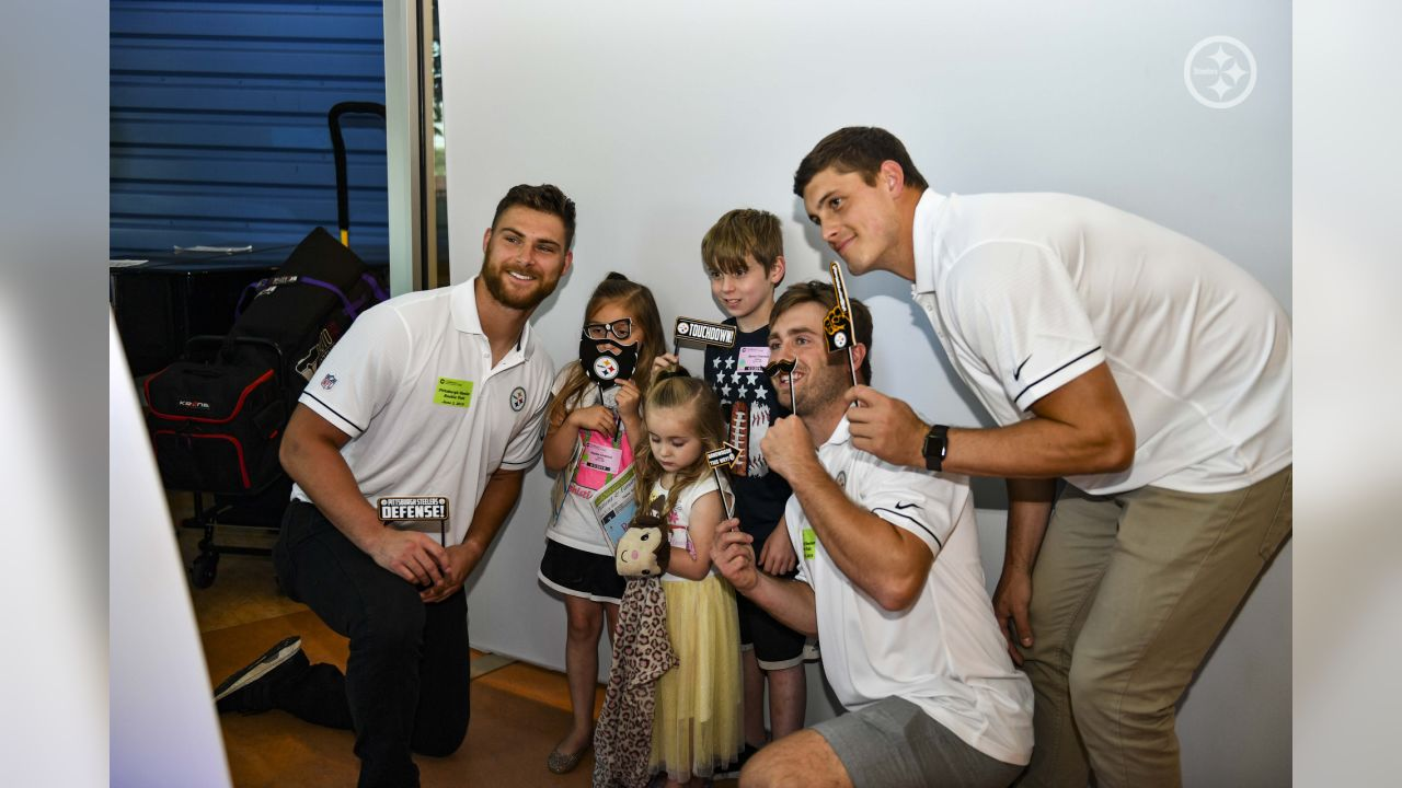 Steelers' rookies visited patients at UPMC Children's Hospital of Pittsburgh.