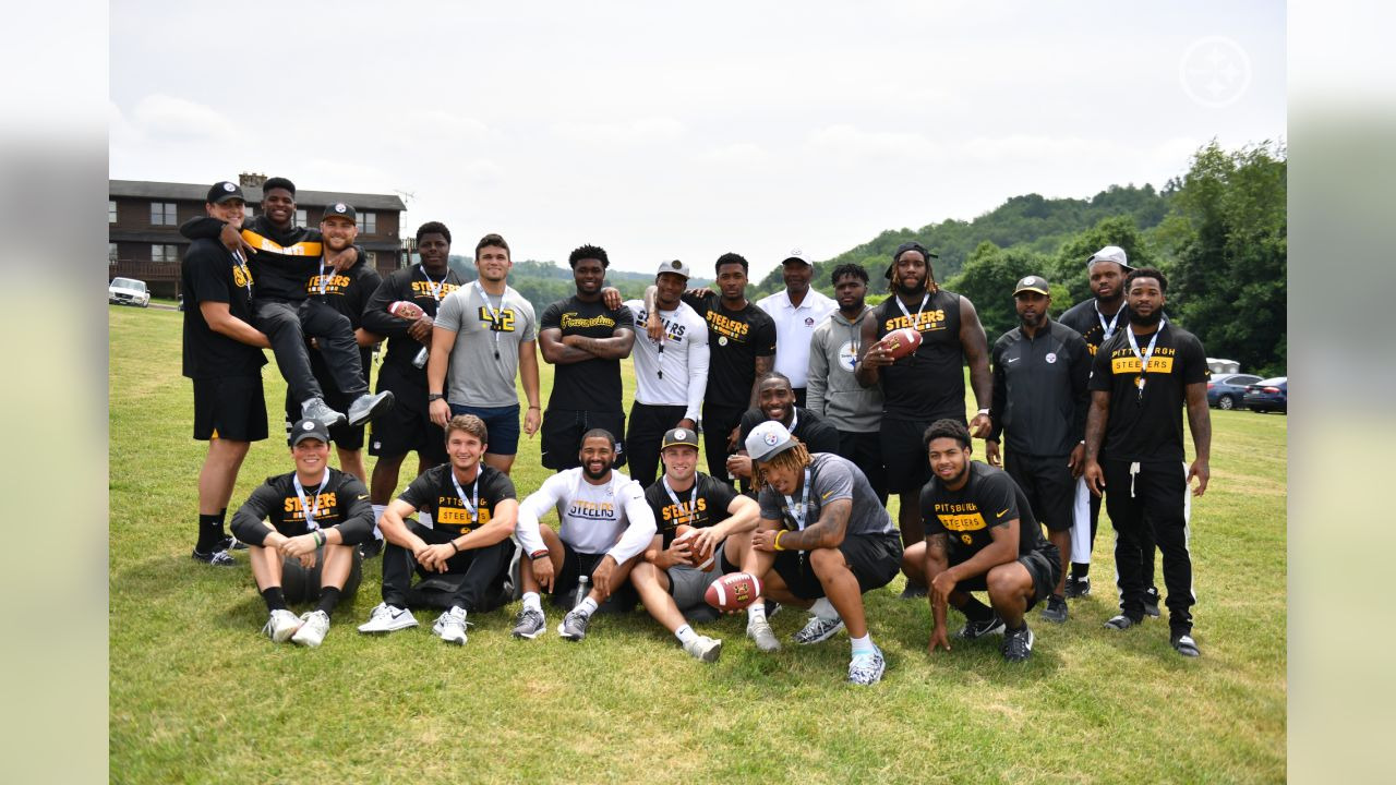 Steelers' rookies took part in the Mel Blount Youth Initiative helping to guide and mentor local youth.