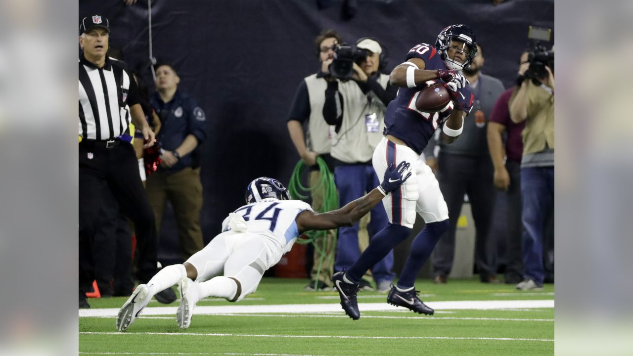 8d4a99782 Houston Texans strong safety Justin Reid (20) breaks up a pass intended for  Tennessee