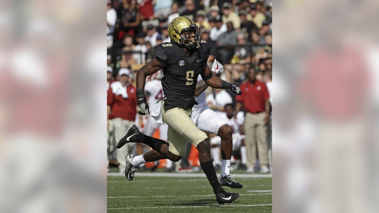 Vanderbilt cornerback Joejuan Williams (8) in the first half of an NCAA college football game Saturday, Sept. 23, 2017, in Nashville, Tenn.