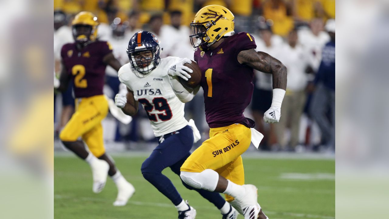 Arizona State wide receiver N'Keal Harry (1) runs to the end zone ahead of UTSA defensive back Clayton Johnson (29) on a 58-yard touchdown reception during the first half of an NCAA college football game, Saturday, Sept. 1, 2018, in Tempe, Ariz.
