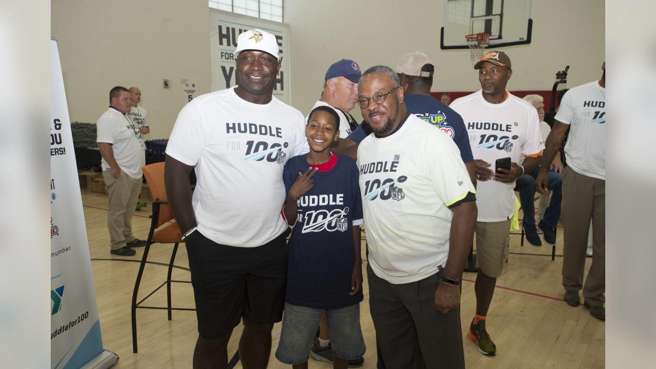 Huddle_0801_3