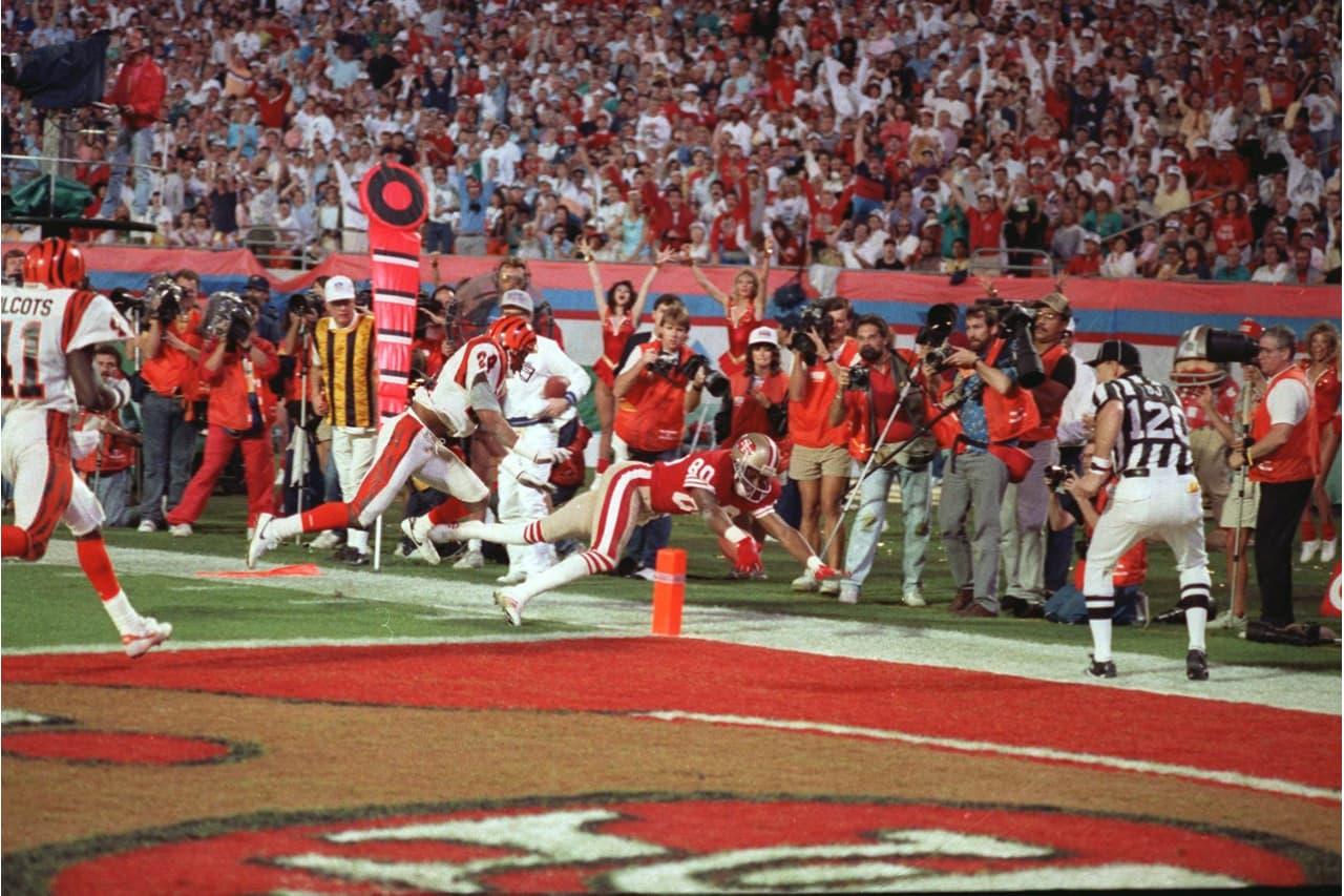 Jerry Rice llegando a la zona prometida con los 49ers