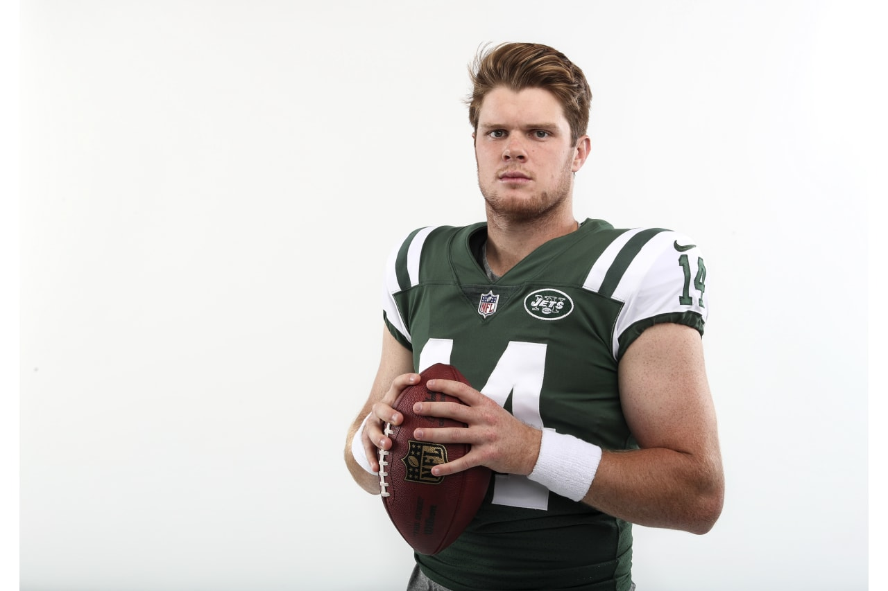 sam darnold football jersey
