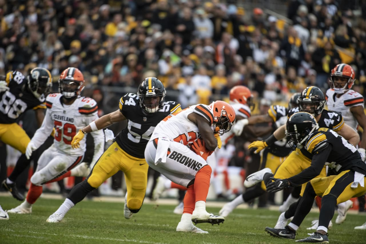 A 2018 Regular Season game between the Pittsburgh Steelers and the Cleveland Browns on October 28, 2018.