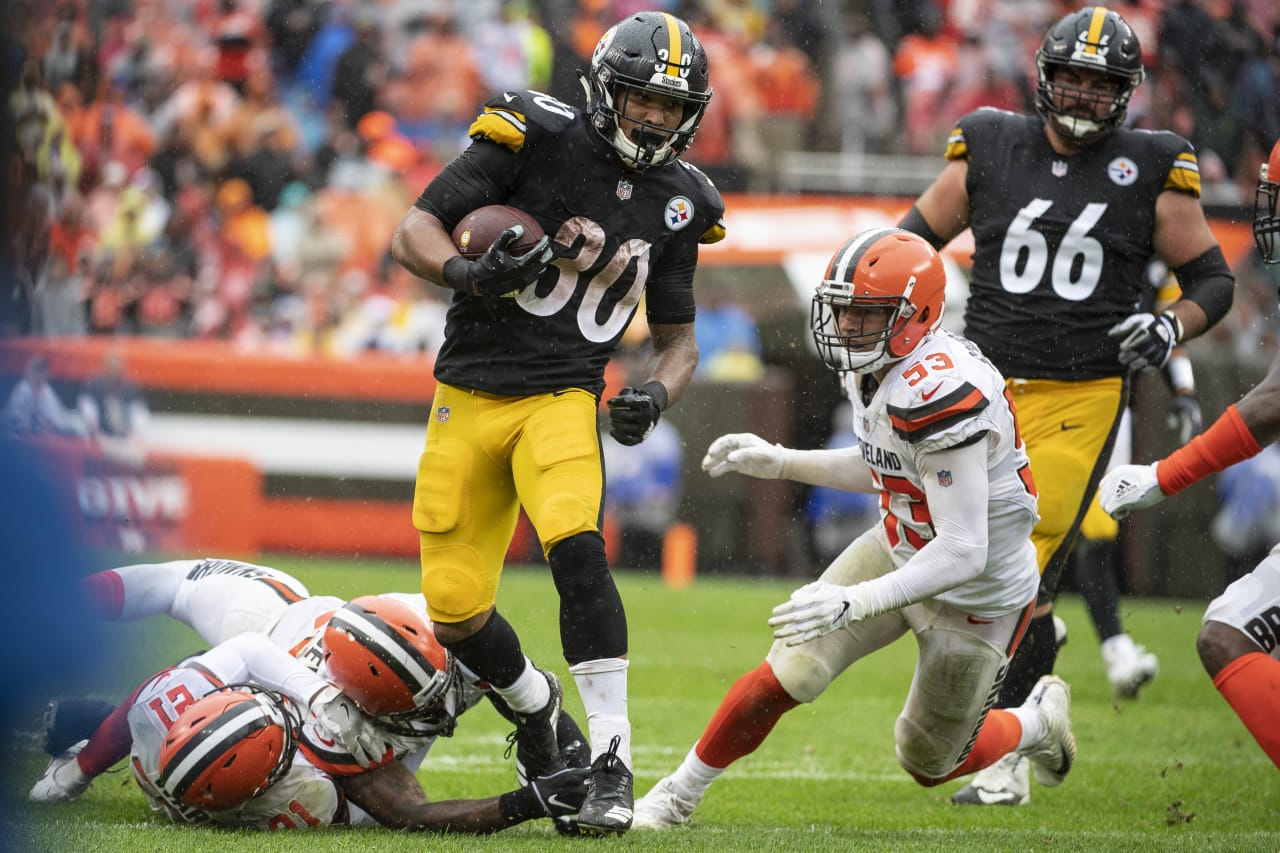 A 2018 Regular Season game between the Pittsburgh Steelers and the Cleveland Browns on Sunday, September 9, 2018. The Steelers and the Browns tied in OT 21-21.