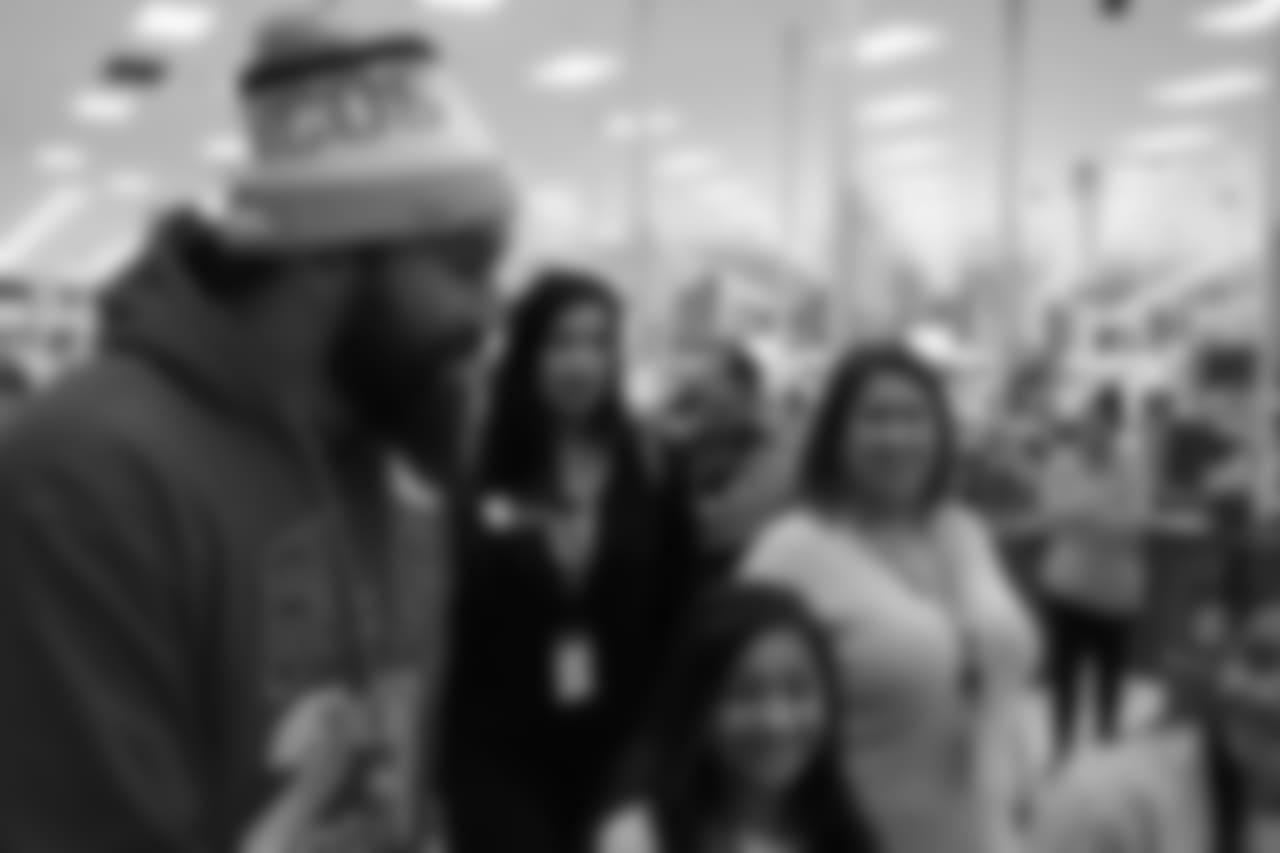 Domata Peko Sr. during Will Parks' shopping spree for the Boys & Girls Club of Metro Denver on Dec. 3, 2018