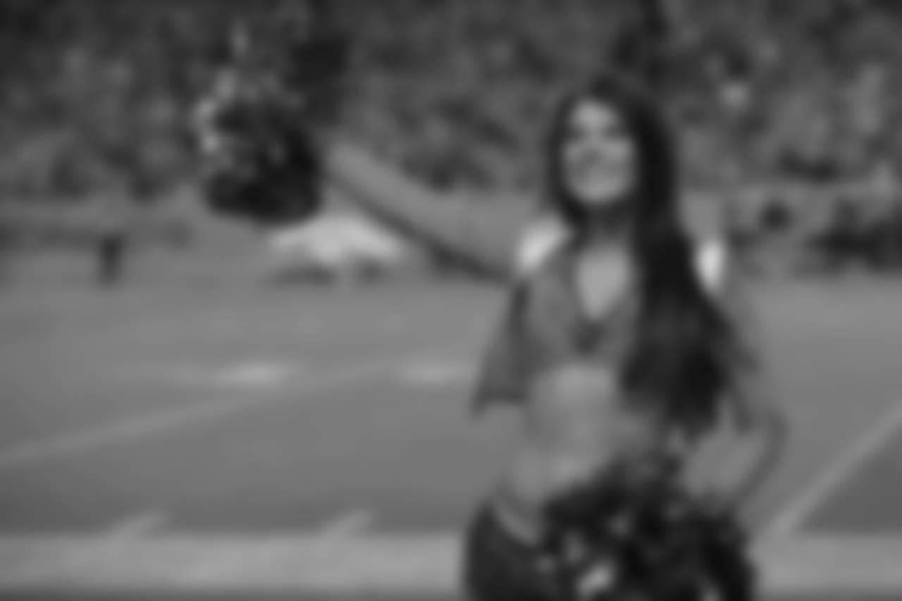 DBC, Cheerleaders, Denver Broncos, 170911, LAC, SDC  Jozie