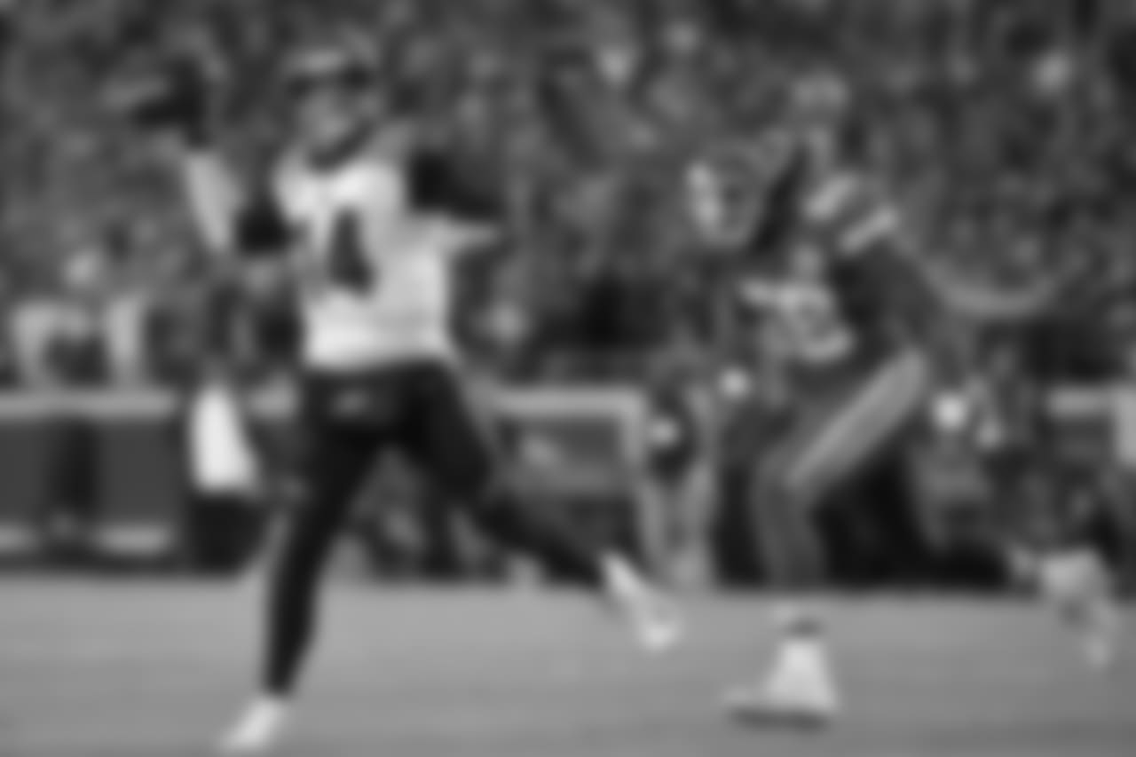 Linebacker Reggie Ragland
