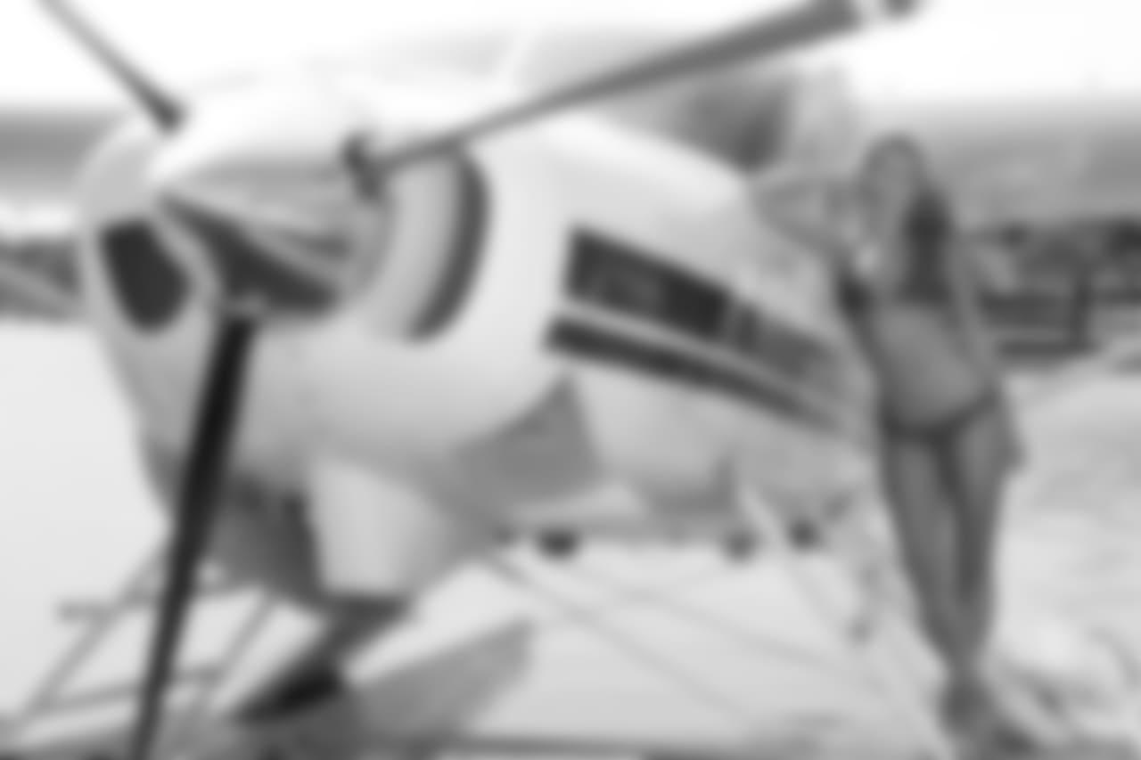 s125_Maggie_MV_Plane_V5D_8825