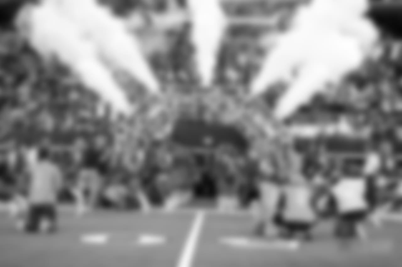26 August 2018:    Cheerleaders         of the Dallas Cowboys during their NFL week 3 preseason 27-3 loss to the Arizona Cardinals at AT&T Stadium in Arlington, Texas.  Photo by James D. Smith/Dallas Cowboys