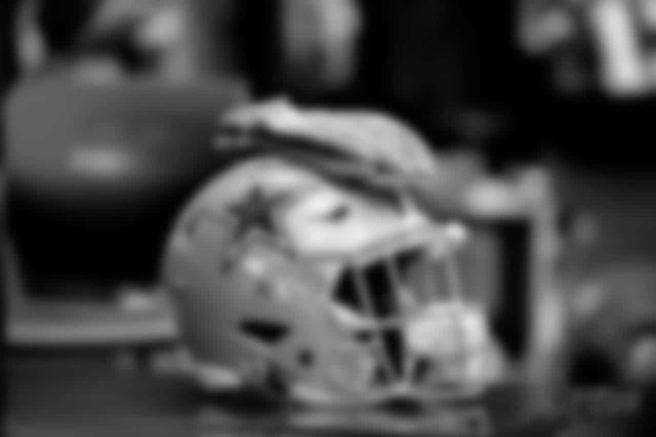 20181105_DAL_Helmet_Selects_JJ006358