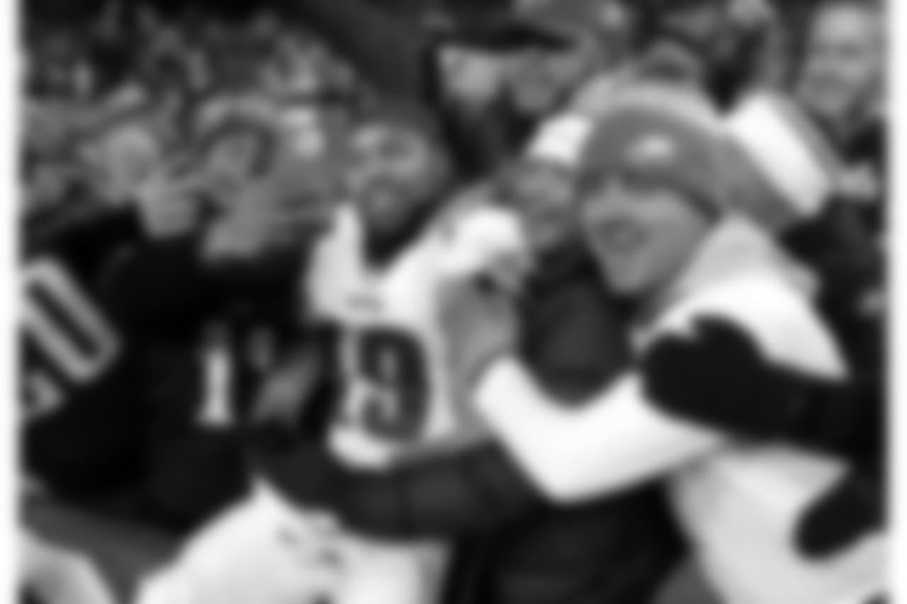 WR Golden Tate with Eagles fans  Philadelphia Eagles vs. Washington Redskins at FedExField in Landover, Md. on December 30, 2018