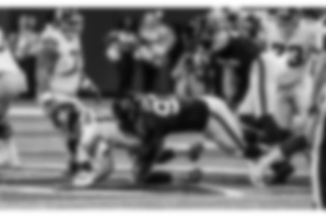 DT Grady Jarrett  Atlanta Falcons / Kara Durrette
