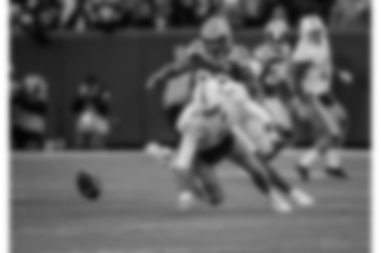 181111-packers-dolphins-2-siegle-23