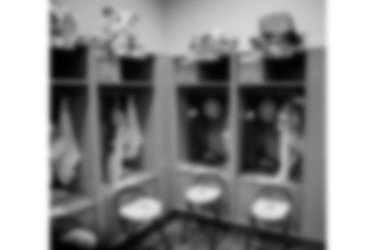 181223-locker-room-6