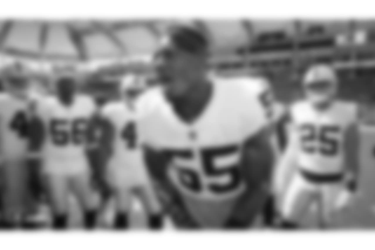 Oakland Raiders linebacker Marquel Lee (55) and the Oakland Raiders huddle up before their regular season game against the Los Angeles Chargers at StubHub Center, Sunday, October 7, 2018, in Carson, California. The Oakland Raiders lost 26-10.