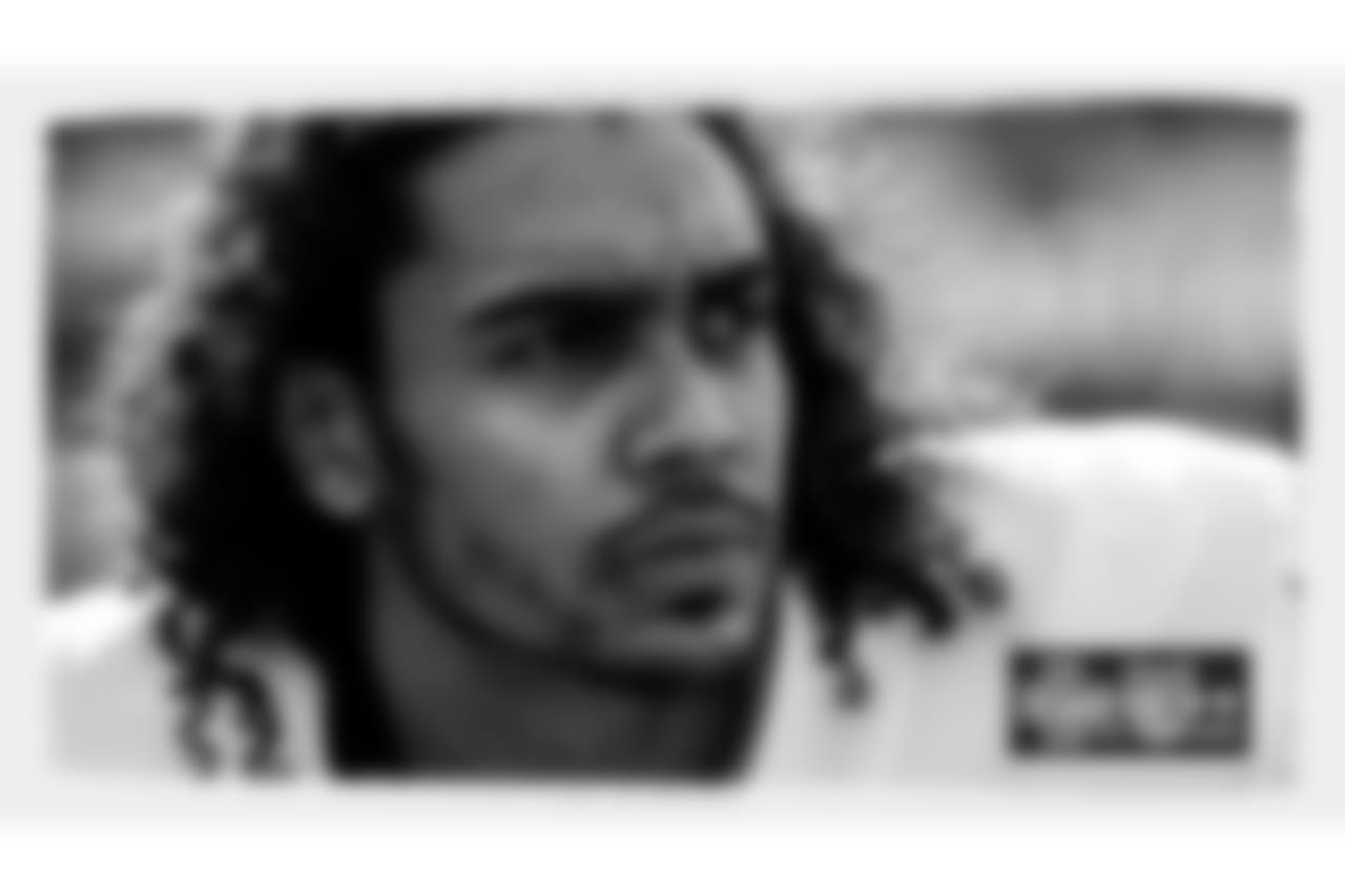 wk15faces-centerpiece