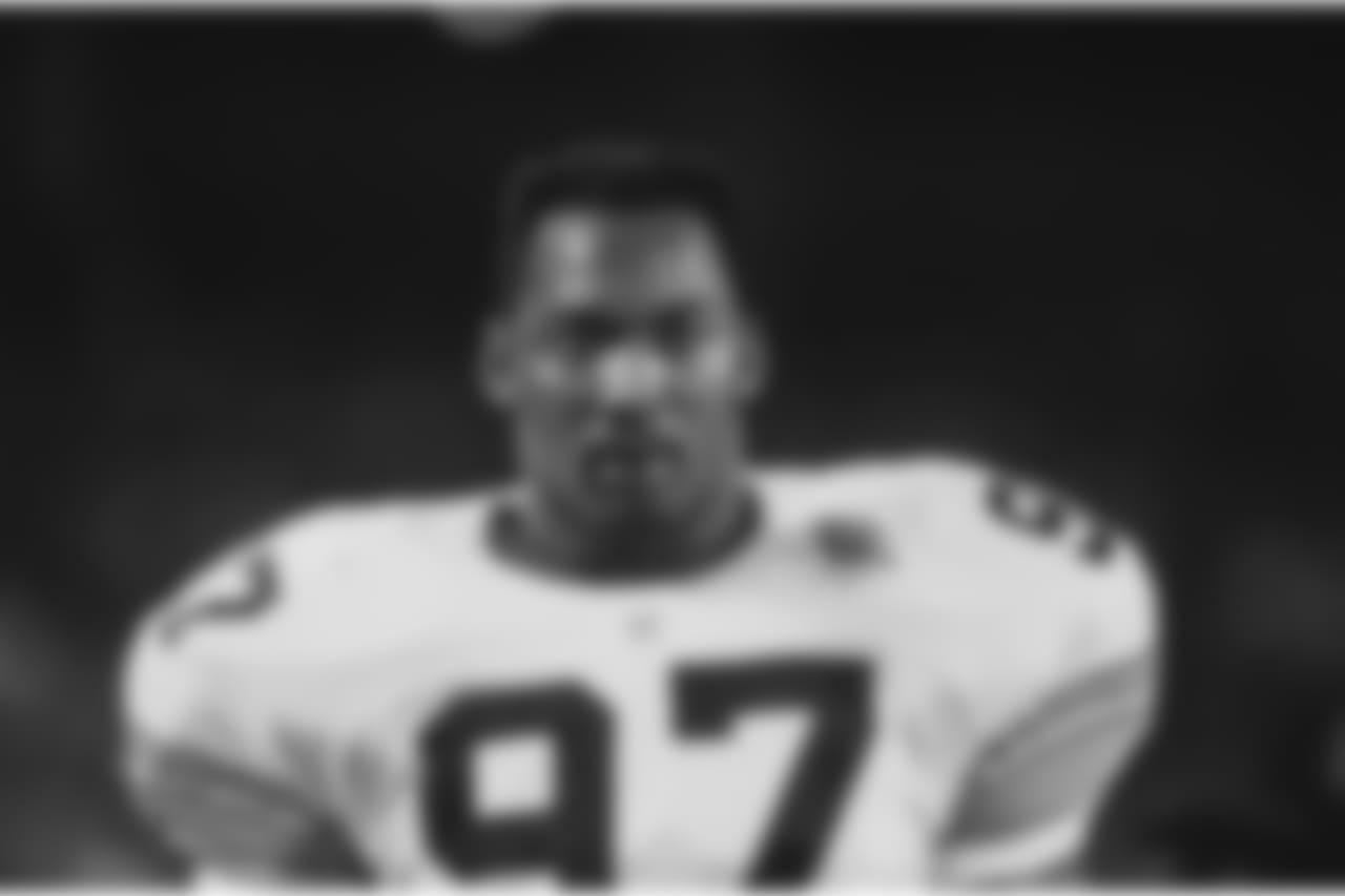 Aaron Jones (88-92)