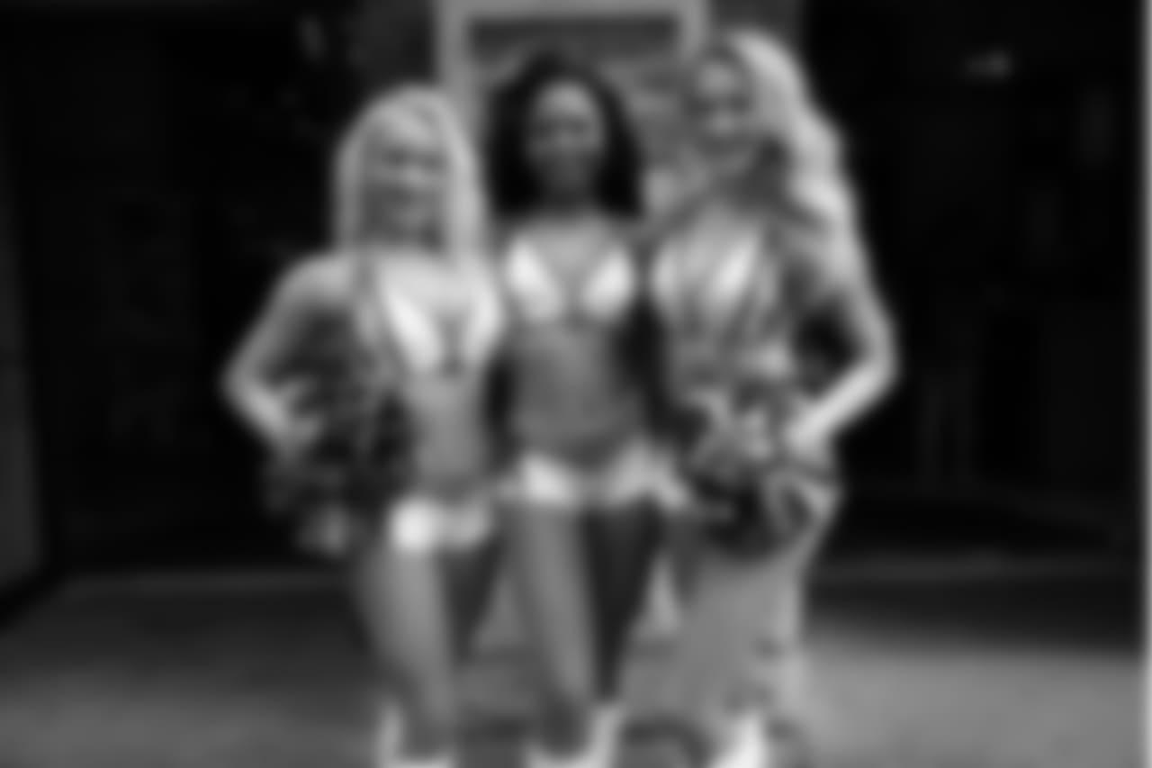 cheerleader2018kickoff47226
