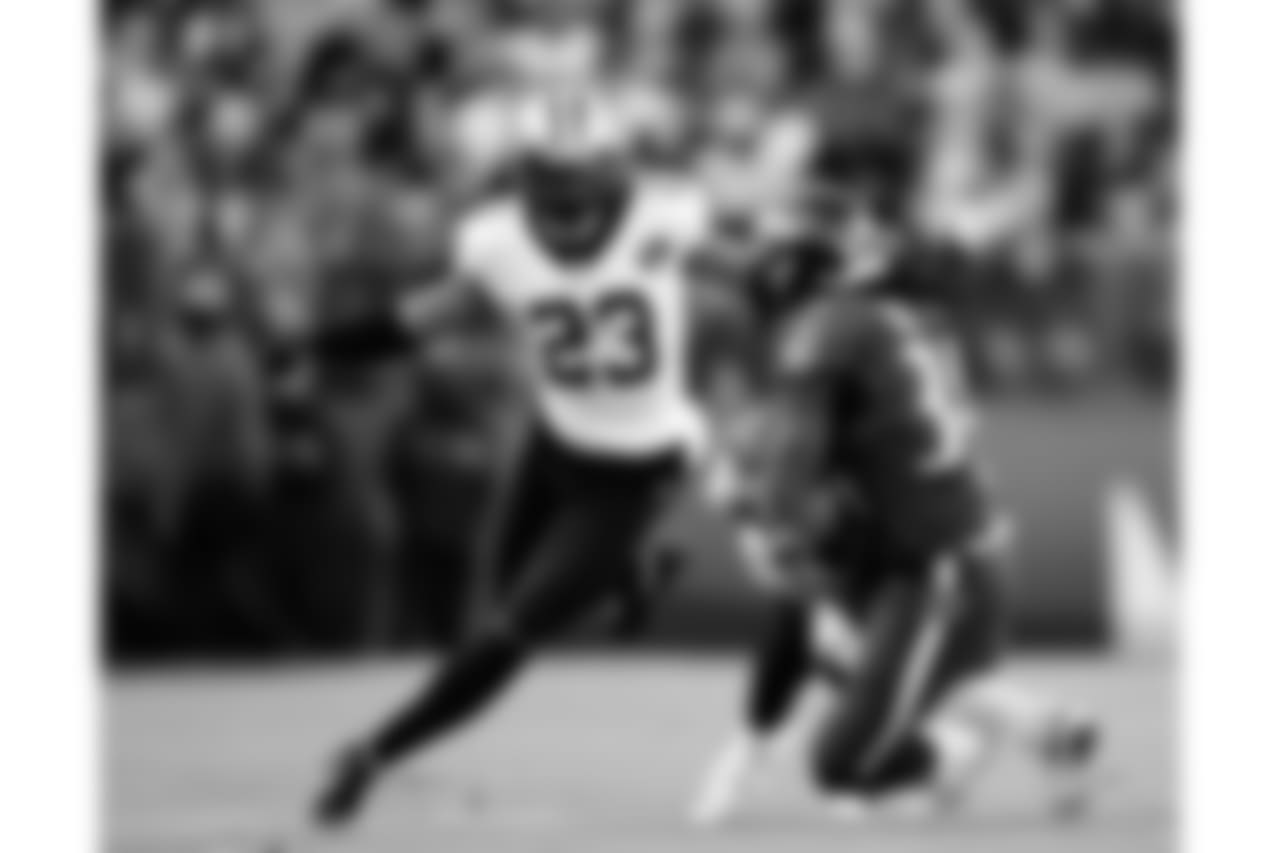 Gallery-Reg-Wk7-Saints-Ravens-Game-Action-1-102118-042