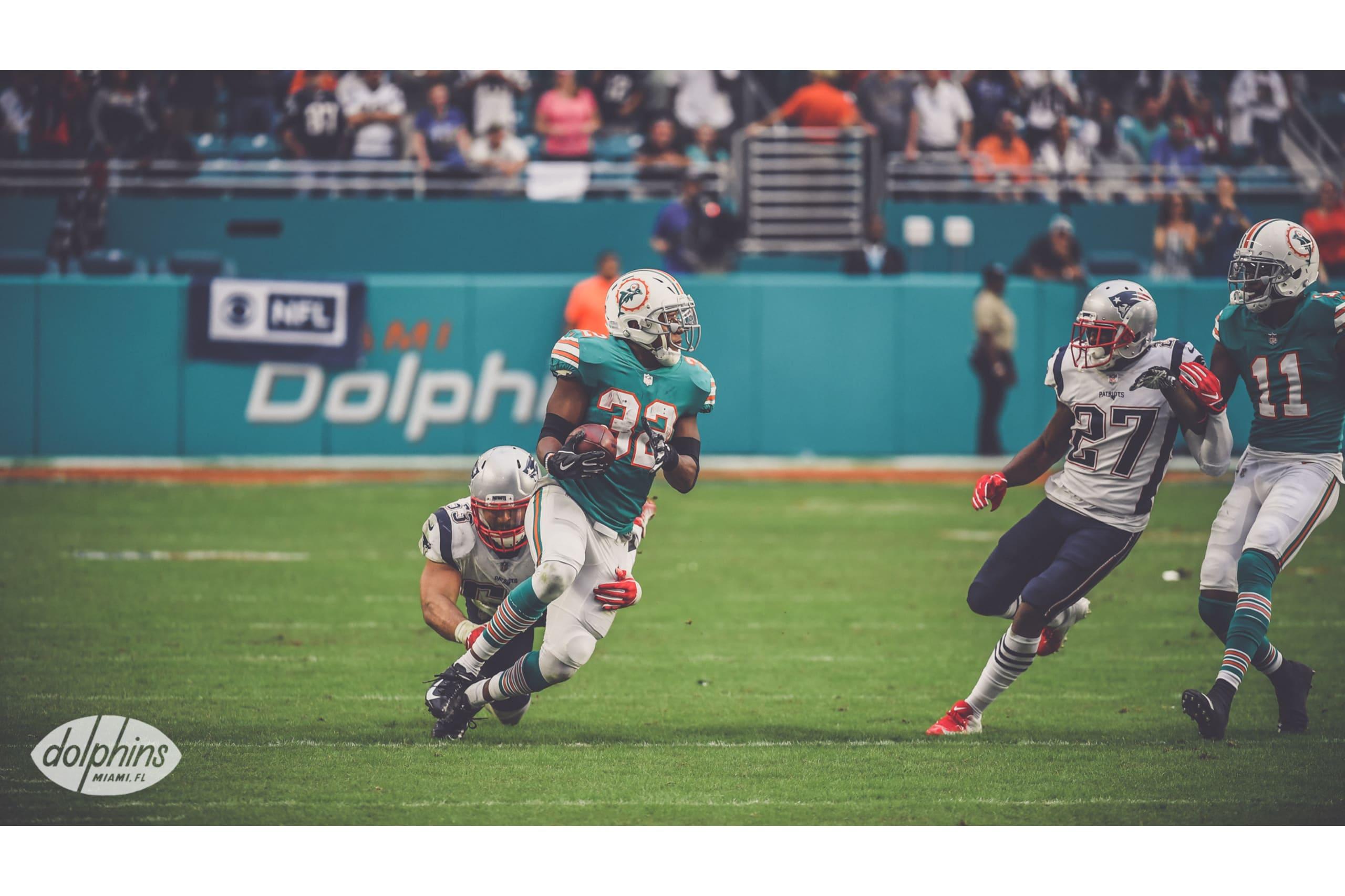 9458eba6d Watch: Dolphins' Kenyan Drake scores miracle TD to upset Patriots ...