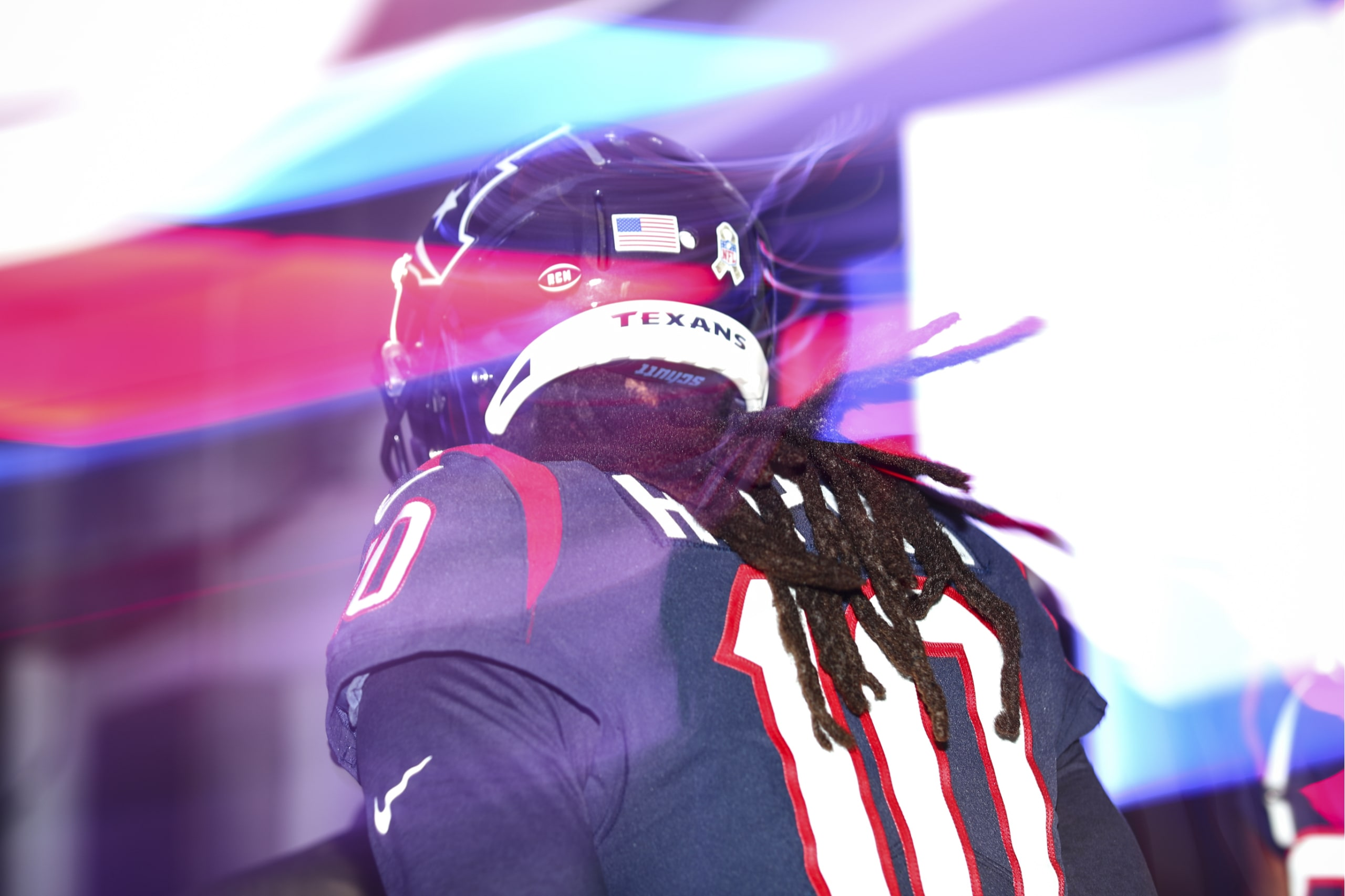 3d5e6e37e In addition, team employees wore ribbons and the memorial logo also  appeared on the 25-yard line (from Ignacio Salazar). … Texans WR DeAndre  Hopkins tore ...