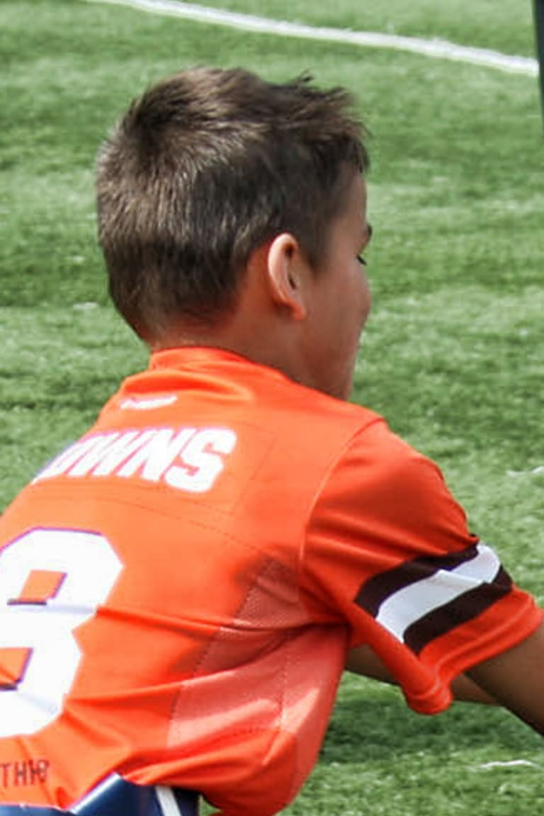 Browns Youth Football Camps Clinics Cleveland Browns Clevelandbrowns Com