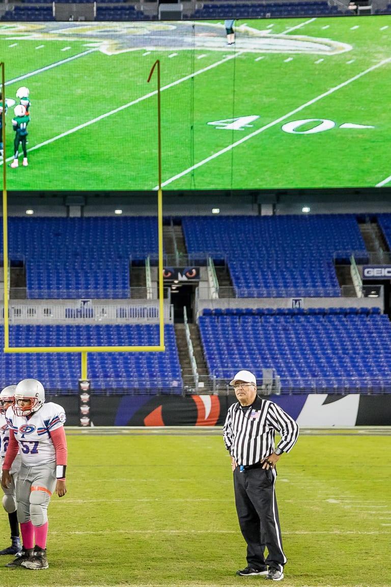 Ravens Rise Football Outreach Baltimore Ravens Baltimoreravens Com