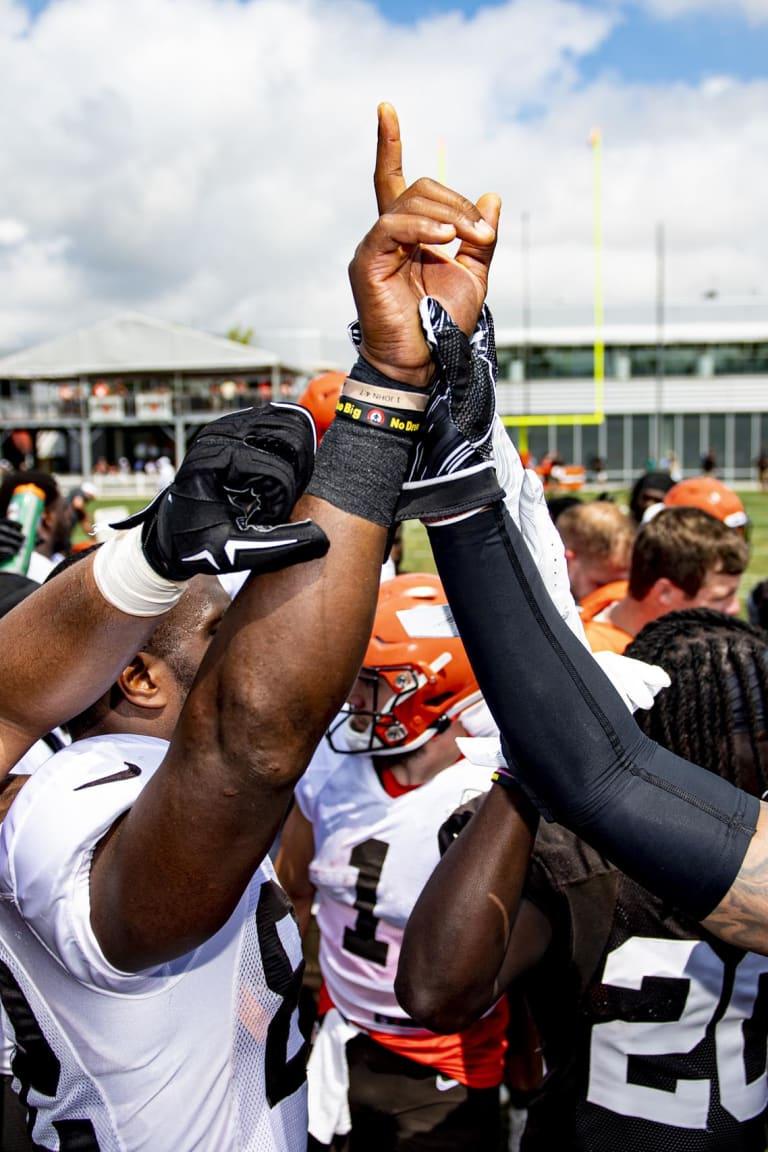 bdaedbee Browns Photos | Cleveland Browns - clevelandbrowns.com