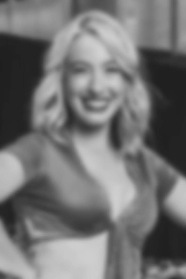 071321-Lauren-Headshot
