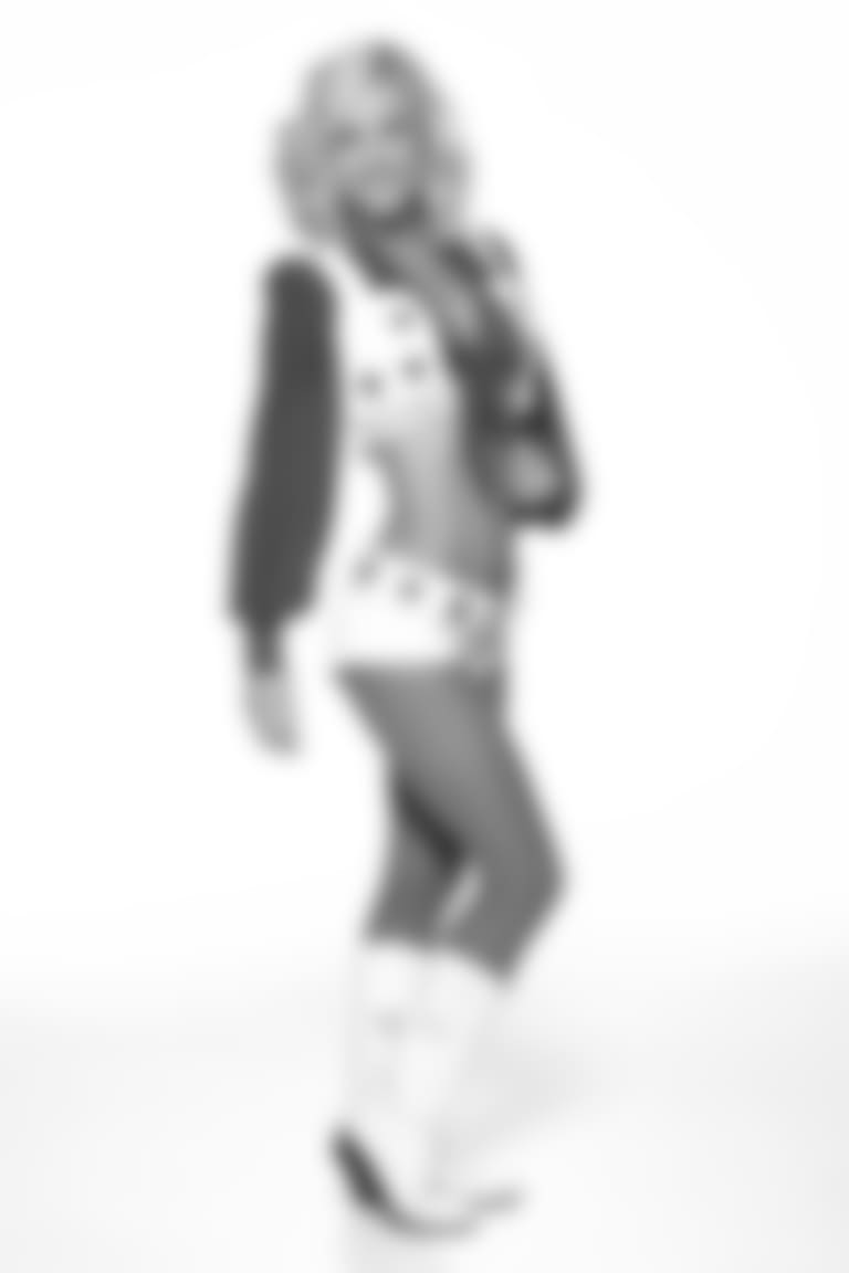 Amy-cameo18