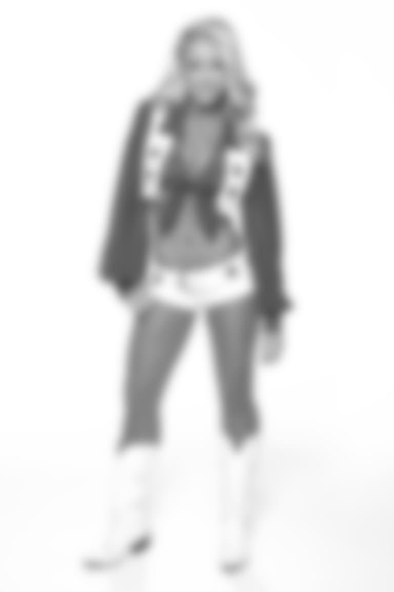 Kelli-cameo18