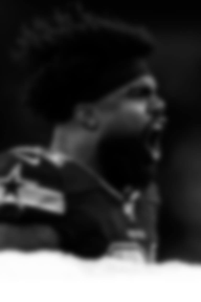 RB--Ezekiel-Elliott-Still-Holds-the-Keys-no-top-no-text-hero