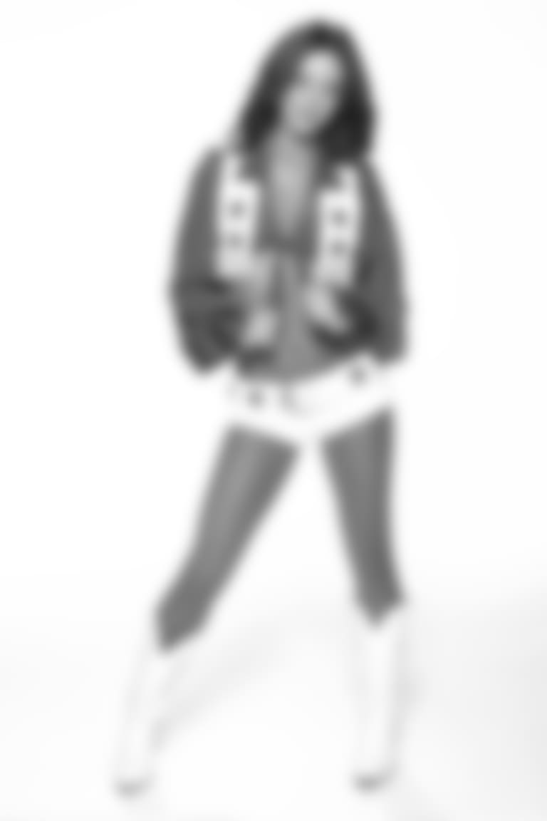 Jalyn-cameo18
