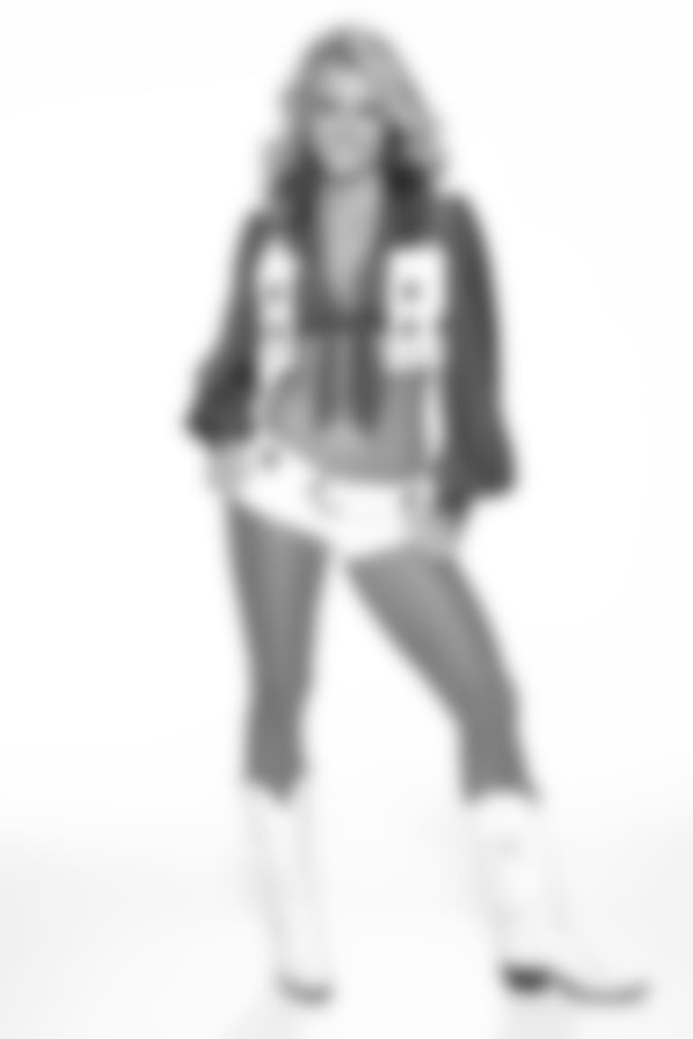Heather-cameo18
