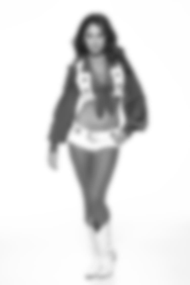 Tess-cameo18