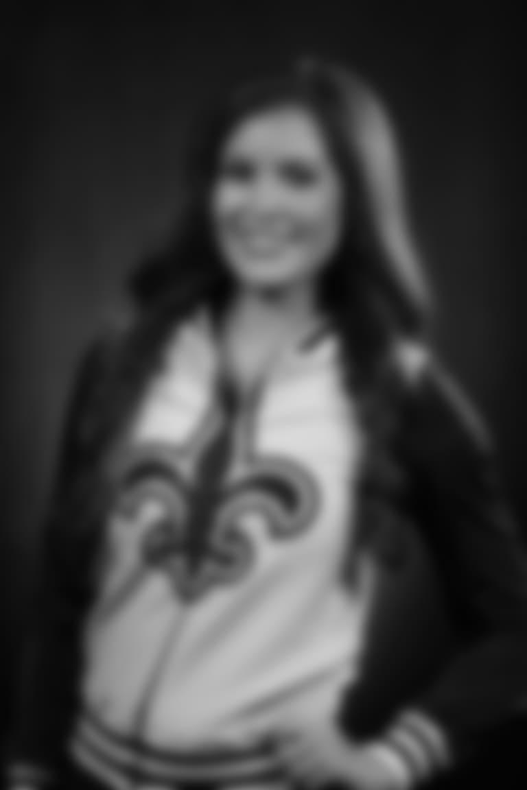 Portrait-Tanya18-1020x1530-080218