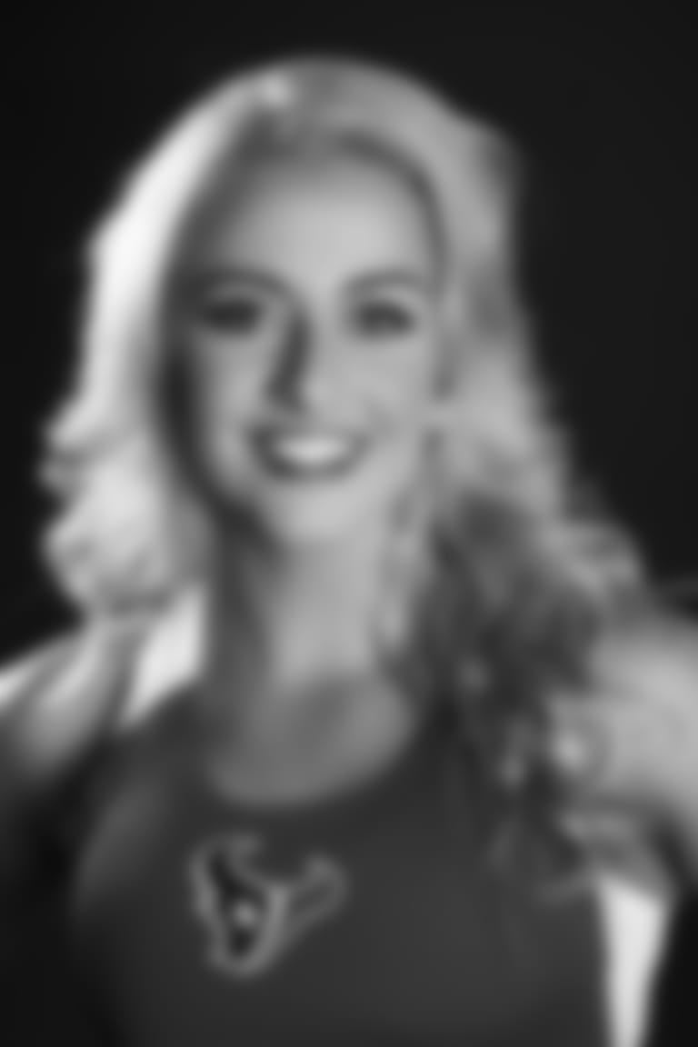 An image from the April 14, 2019 cheer audition headshot photoshoot.