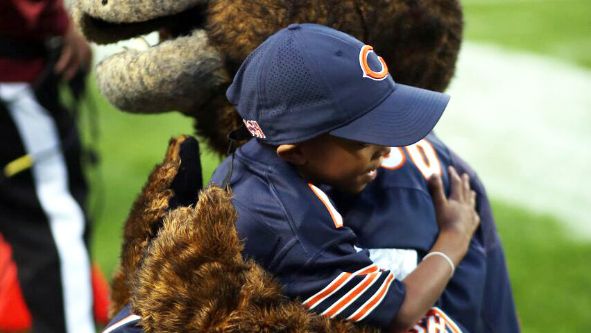 chicago bears youth outreach camp
