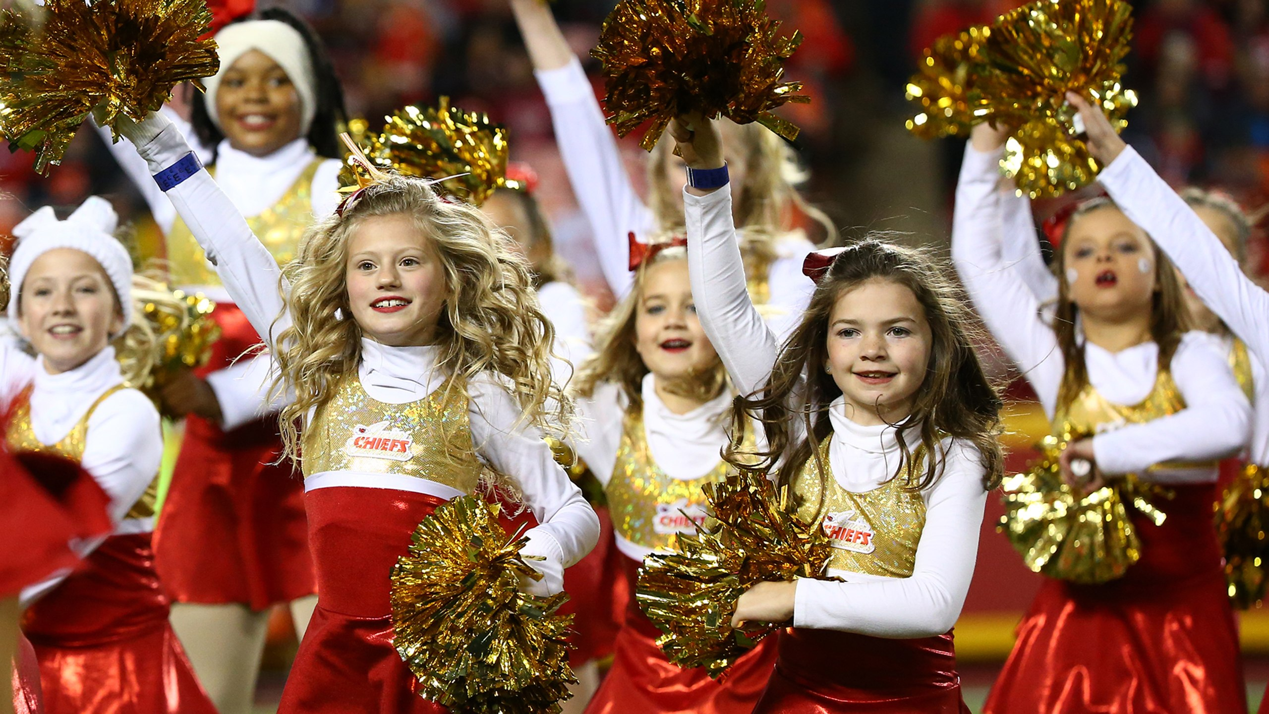 The 2019 Junior Chiefs Cheerleaders Program will launch in May '19. Please sign up for our Mailing List to receive details when the 2019 Program launches.
