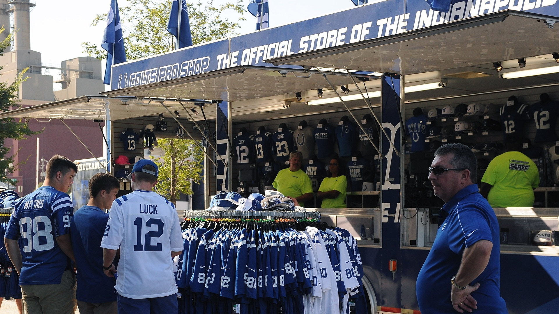Mobile Colts Pro Shop